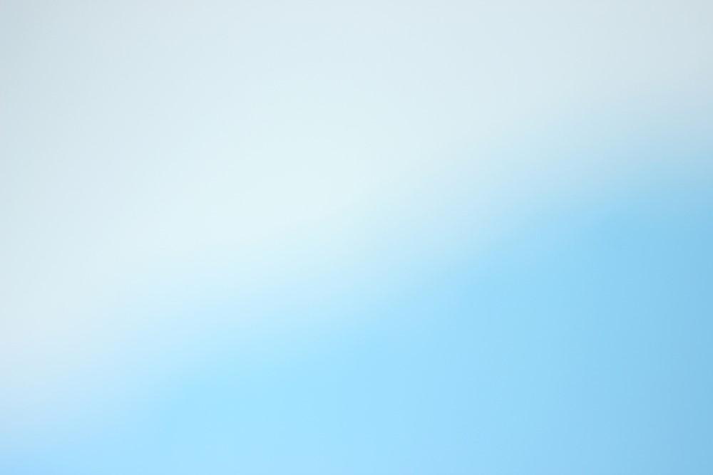 青や白が与えるイメージ・・・爽やか、誠実